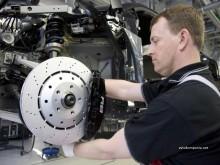 Замена тормозных колодок легковых автомобилей